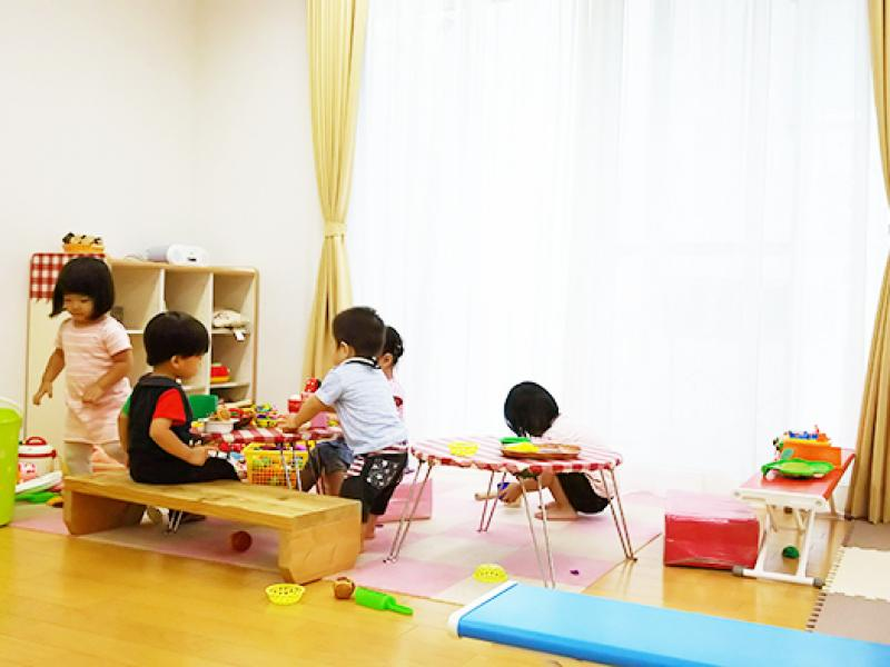 にじいろ保育園 (パート)1