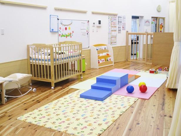 ★乳児室_03(web用)